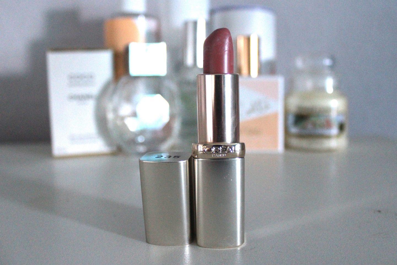 A photo of the L'oreal colour riche lipstick
